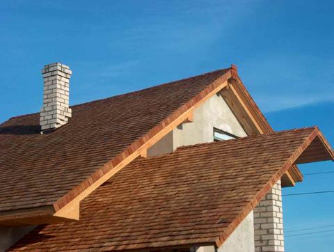 деревянное покрытие крыши гонтом