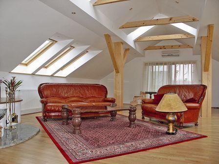 устройство мансардного этажа ломаной крыши