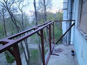 Остекление балкона с крышей: установка и монтаж балконной кр.