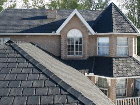 Крыша из резинового шифера