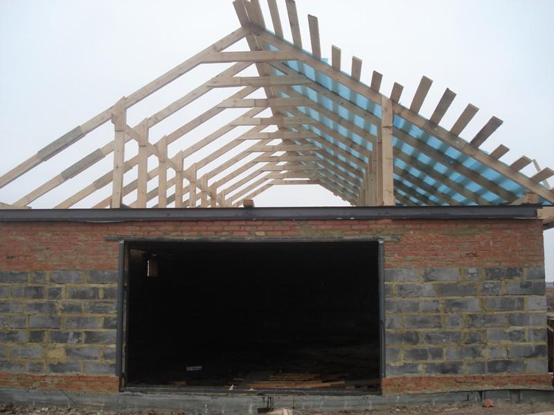 Чем покрыть крышу дома своими руками