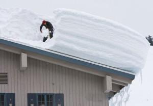 Снеговая нагрузка  - главный недостаток односкатной крыши